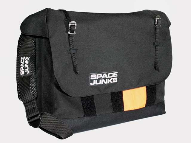 """Messengerbag """"Made in Germany"""" – Spacejunks definiert diesen Qualitätsbegriff neu"""