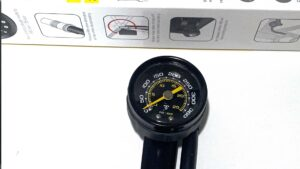 Topeak-Pocketshock-DXG Manometer